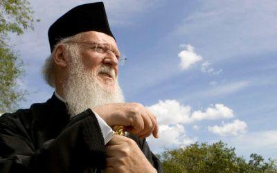 Papa fala de unidade, ortodoxos cortam relações entre si