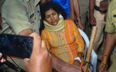 Mulher que entrou em templo hindu interdito agredida e abandonada pela família