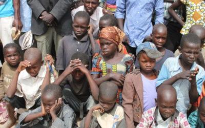 """Bispos denunciam violência contra católicos na """"crise anglófona"""" dos Camarões"""