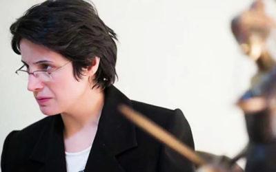 Advogada iraniana condenada a 38 anos de prisão por luta pelos direitos das mulheres