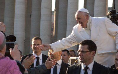Nova constituição põe evangelização no centro da acção da Cúria Romana