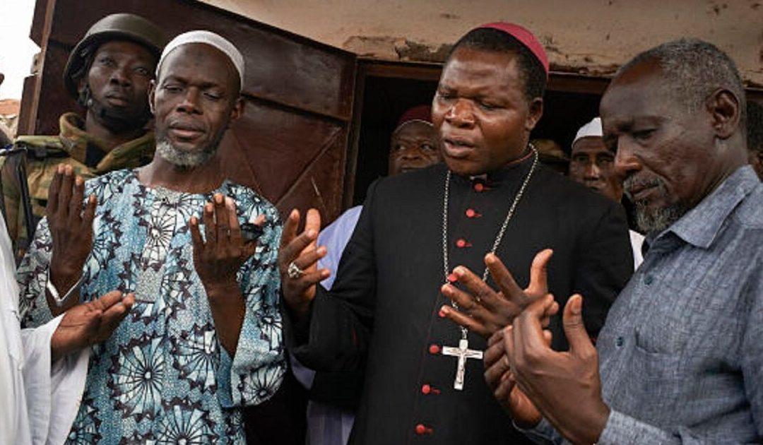 República Centro Africana: jovens promovem acordo de não-agressão entre bairros