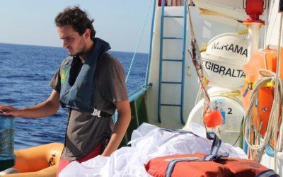 """""""A pior tragédia deste ano no Mediterrâneo"""" matou pelo menos 70 pessoas"""