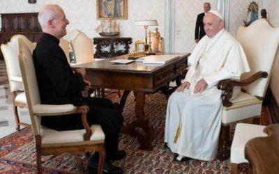 """Papa encoraja """"trabalho pastoral"""" junto de comunidade LGBTI"""
