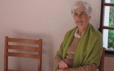 Manuela Silva homenageada em revista e seminário