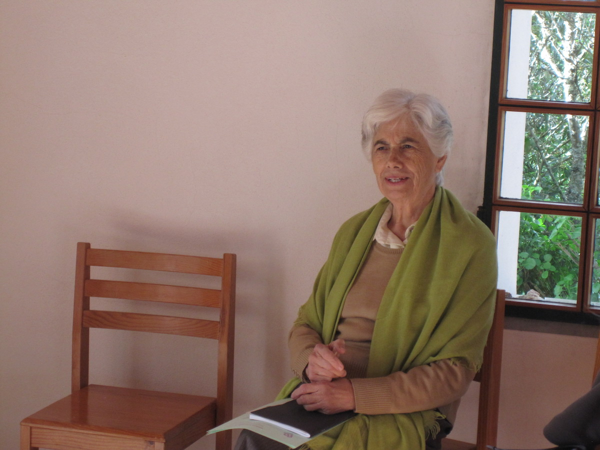 Manuela Silva, Fundação Betânia