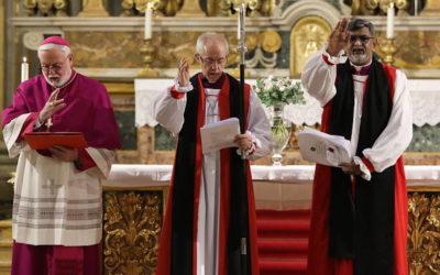 """""""Católicos e Anglicanos têm de ultrapassar diferenças históricas"""", diz responsável do Vaticano"""