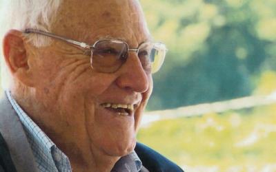 Livro evoca 94 anos de Telmo Ferraz, padre da Obra da Rua que elogiou as tabernas e foi censurado pela PIDE