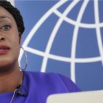 """O sangue congolês está na nossa tecnologia – Caddy Adzuba denuncia feminicídio no Congo"