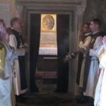 Vaticano obriga Arautos do Evangelho a entregar menores às famílias