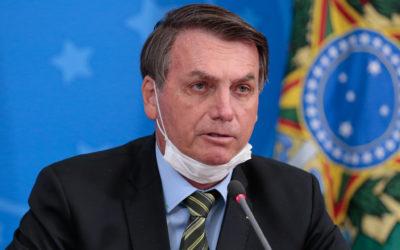 """Bispos brasileiros acusam Bolsonaro de """"incompetência"""", """"totalitarismo"""" e """"obscurantismo"""""""