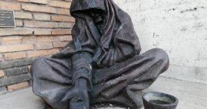 Ecultura. Obras de misericórdia. Dar de comer a quem tem fome