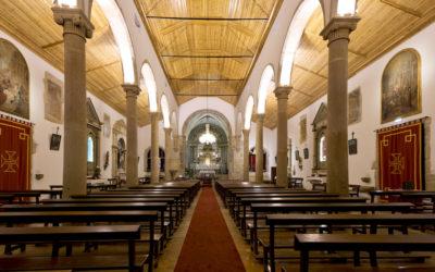 Igrejas voltam a abrir portas, entre muitas polémicas, dúvidas e receios