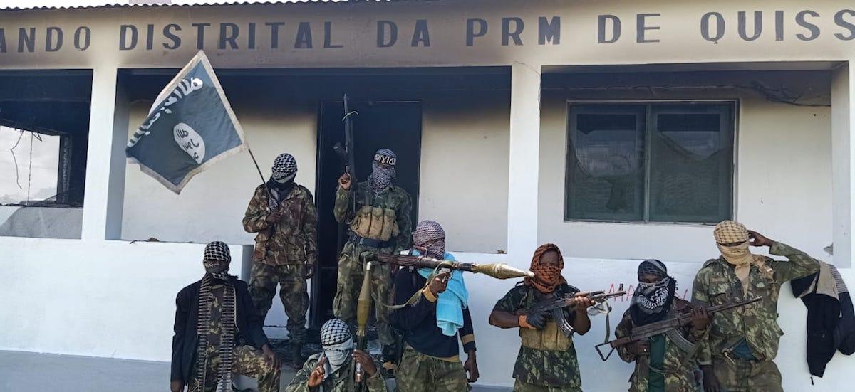 Ataque de grupos armados, que se reivindicam do Daesh, em Quissanga, Cabo Delgado (Moçambique).