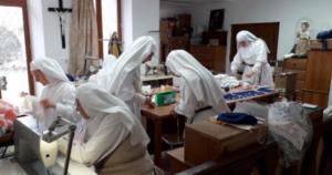 religiosas fazem mascaras cirurgicas covid-19