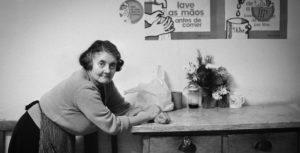 Cascais, 1975. Mulher. Idosos
