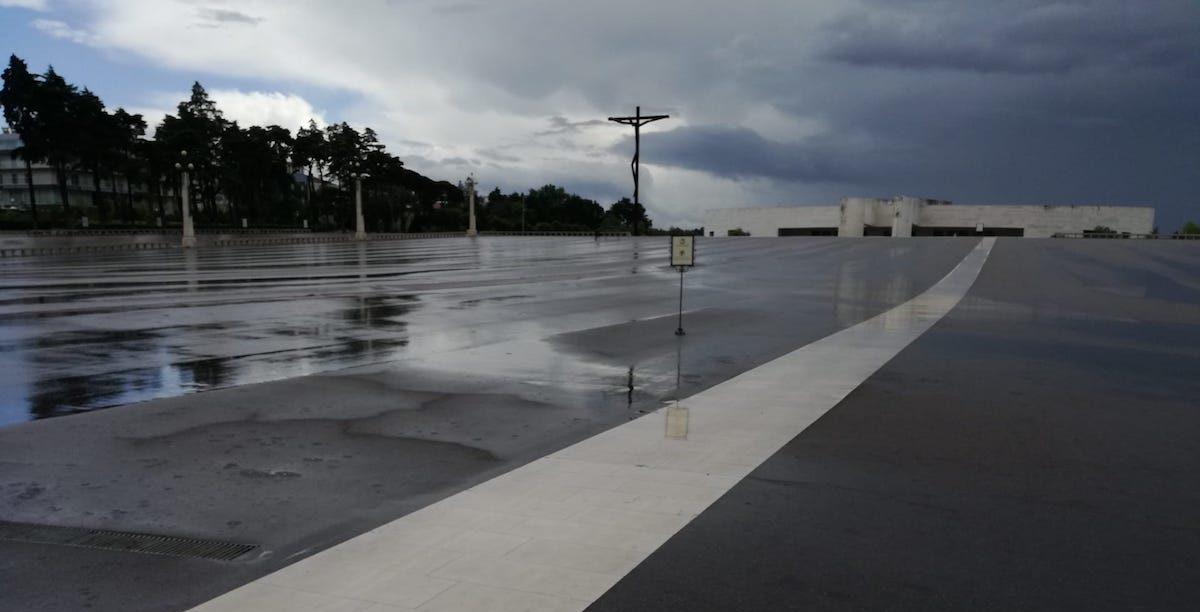 Santuário de Fátima. 12 de Maio 2020, covid-19