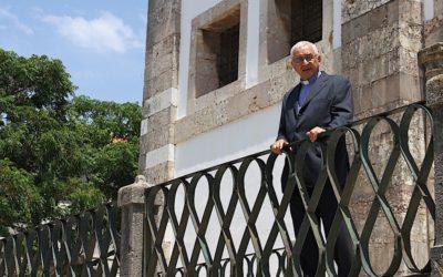 """Casas degradadas do Bairro da Jamaica """"são uma vergonha para o país"""", diz bispo de Setúbal"""