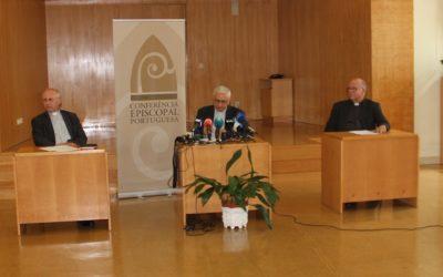 """Declarações do Papa sobre homossexuais """"não afetam a doutrina da Igreja"""", dizem bispos portugueses"""