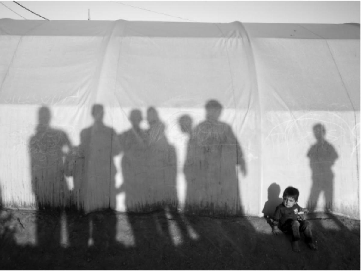criança yazidi iraque Foto: © Adam Ferguson/Amnistia Internacional