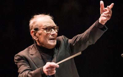 """Ennio Morricone: O compositor que nos ensinou a """"sonhar, emocionar e reflectir"""""""