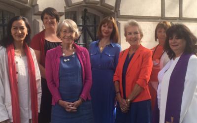 """Núncio de França convoca """"mulheres apóstolas"""" para reunião, depois de uma delas receber ameaças de morte"""