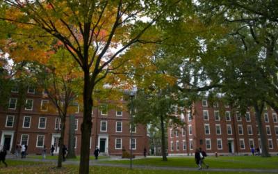 Líderes religiosos e universidades contra decisão de Trump de deportar estudantes internacionais