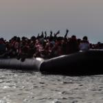 Sea-Watch 4 resgata 104 migrantes no Mediterrâneo