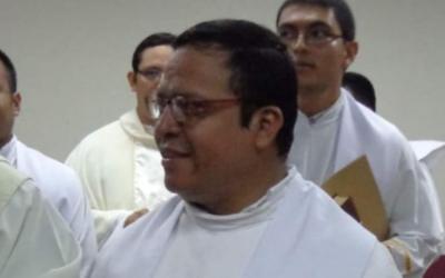 Assassinado reitor do Seminário Romero, em El Salvador