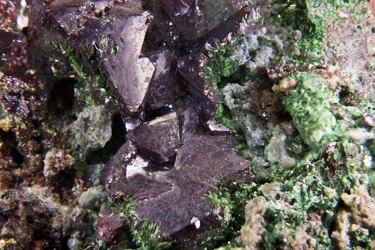 Cuprite. Minério. Mineração. Congo
