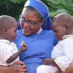 Religiosas criam rede mundial para promover reintegração de crianças institucionalizadas em famílias