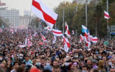 Repressão na Bielorrússia: mais de 27.000 detidos