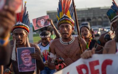 """""""Uma tragédia sem precedentes"""": violência contra povos indígenas no Brasil mais do que duplicou com Bolsonaro"""