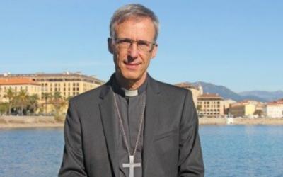 Antigo engenheiro militar sucede a Barbarin como arcebispo de Lyon