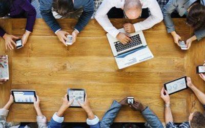 """""""Trabalho digital sim, mas digno"""", pedem a LOC/MTC e a Práxis na Jornada Internacional dedicada ao tema"""
