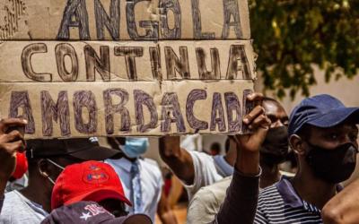 """""""Quem não tem coragem para dialogar com o povo, deixe o poder"""", desafia bispo angolano"""