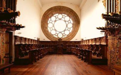 Dois retábulos em restauro no Mosteiro de Pombeiro