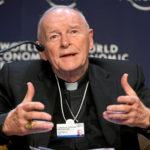 Antigo cardeal McCarrick acusado criminalmente de abusos