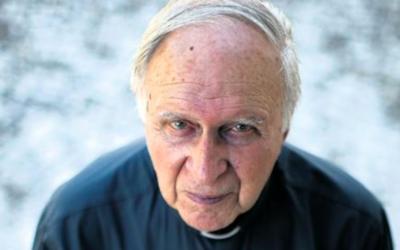 """Henri Teissier (1929-2020): """"É nas situações de tensão que a Igreja deve estar presente"""""""