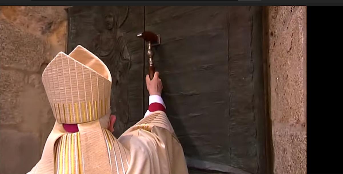 Xacobeo 2021 - abertura da Porta Santa