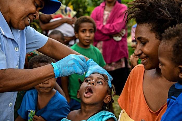 Vacina, Papua Nova Guiné, Poliomielite, Saúde