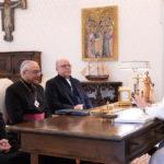 Papa Francisco pede aos bispos portugueses atenção prioritária às crianças, idosos e migrantes