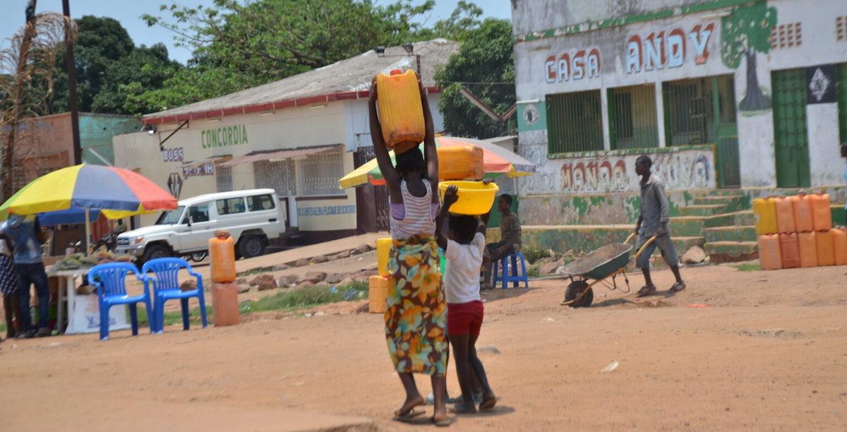 Água, Cafunfo, Lunda Norte, Angola.