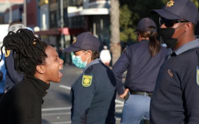 Amnistia: respostas públicas à pandemia agravaram violência contra as mulheres em Moçambique e na África Austral