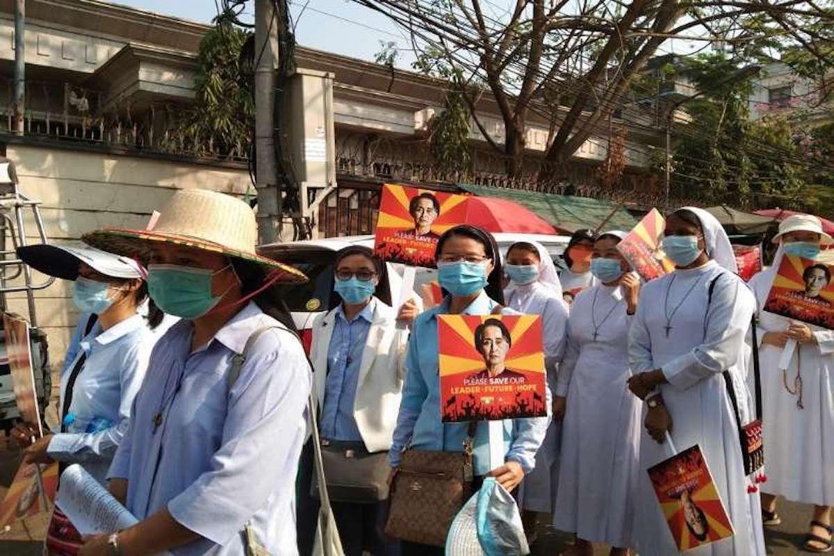Freiras, Myanmar, Birmânia,