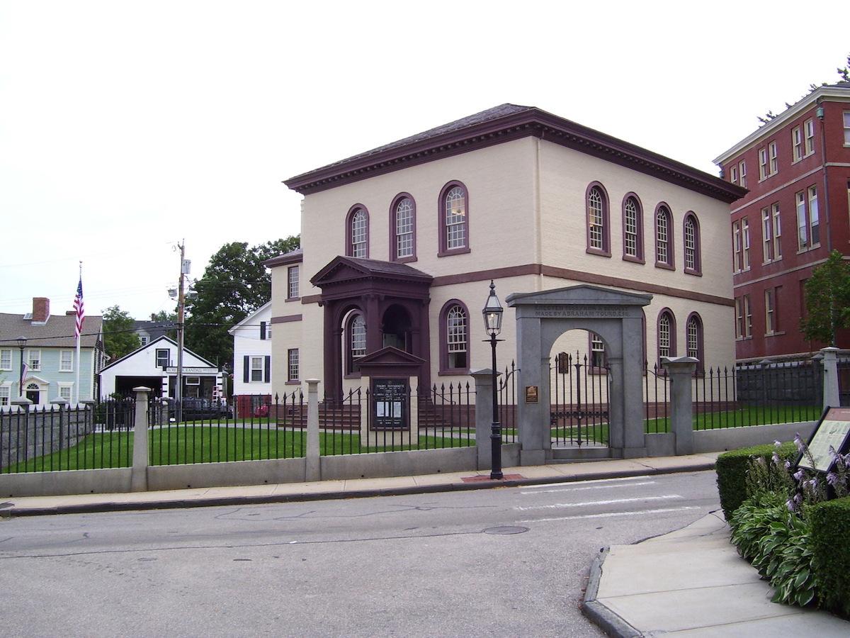 10 Touro_Synagogue_Newport_Rhode_Island_3