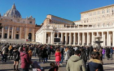 """Papa recorda 10 anos da """"catástrofe humana"""" da Síria e pede fim das armas no mundo para o pós-pandemia"""