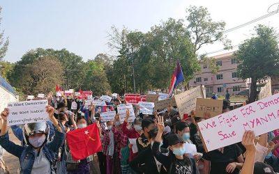 Sábado sangrento em Myanmar: repressão faz mais de cem vítimas