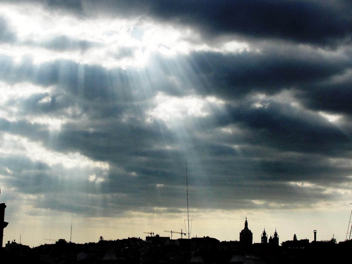 nuvens luz contraluz © Miguel Veiga