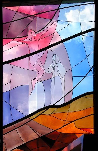 Dina Figueiredo, Jesus na Cruz e Maria, vitral